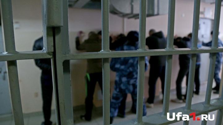 Раздели, связали и избили: в Башкирии задержали полицейских, подозреваемых в пытках