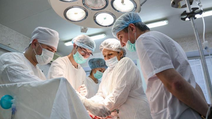 Хирург из Уфы с 22-летним стажем: «Влюбилась в скальпель раньше, чем в мужа»