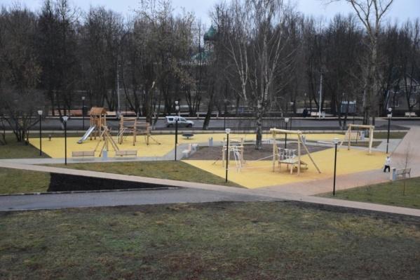 Так на деньги Минстроя благоустроили площадь и парк в Переславле-Залесском&nbsp;<br><br>