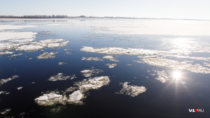 В Волгограде сильное течение унесло подводного охотника