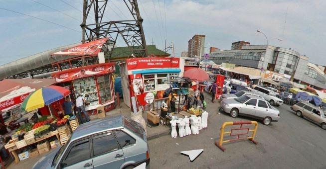На Сортировке снесут незаконные лотки, которые растянулись на 157 метров вдоль «Таганского ряда»