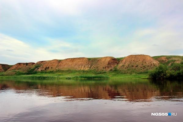 В грунтовые воды и почву попали загрязняющие вещества