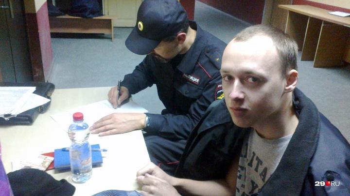 Погоня и ночь в отделении: в Архангельске задержали экс-координатора штаба Навального