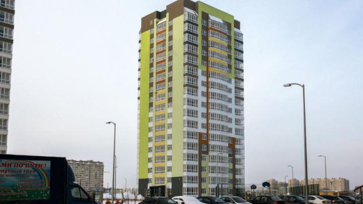 В многоэтажке на Протозанова затопило квартиры. УК винит во всем плохие фильтры для очистки воды