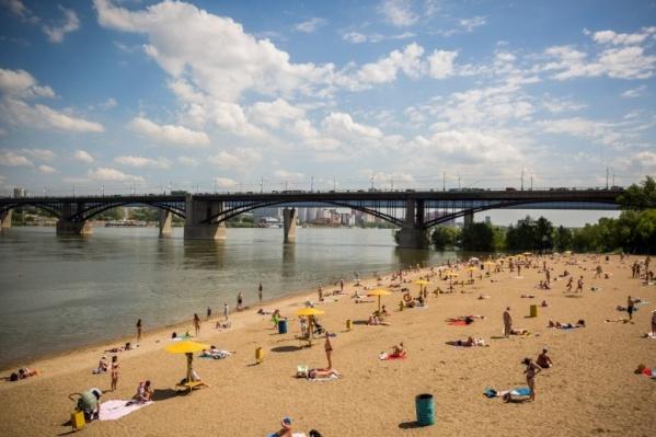 Спасатели разрешили новосибирцам купаться на трёх пляжах в черте города