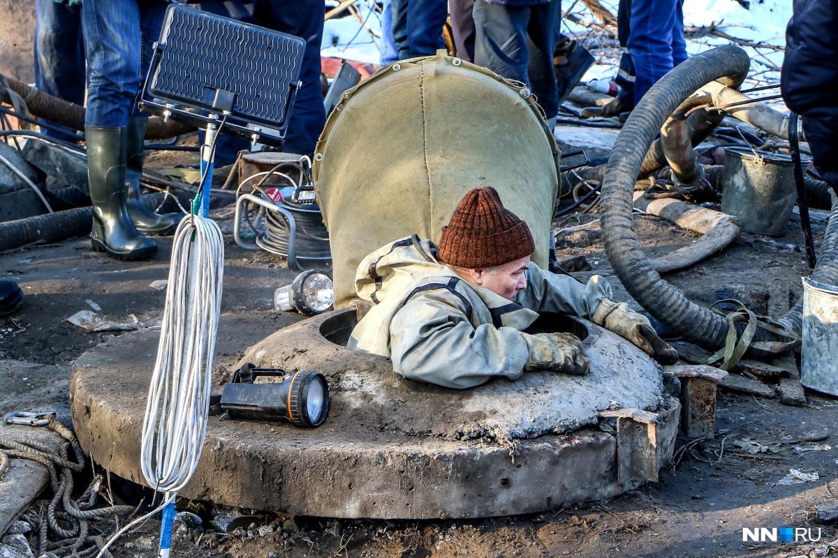 Из-за прорыва коллектора почти 300 тысяч нижегородцев остались без воды