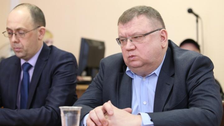 Для Сергея Мануйлова попросили 4,5 года колонии за махинации с деньгами дольщиков «Академ Riverside»