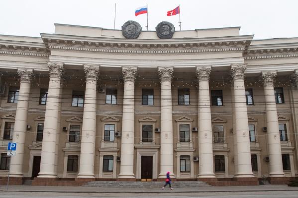 На алюминиевые кружки, чай и пакеты потратят чуть более 800 тысяч рублей