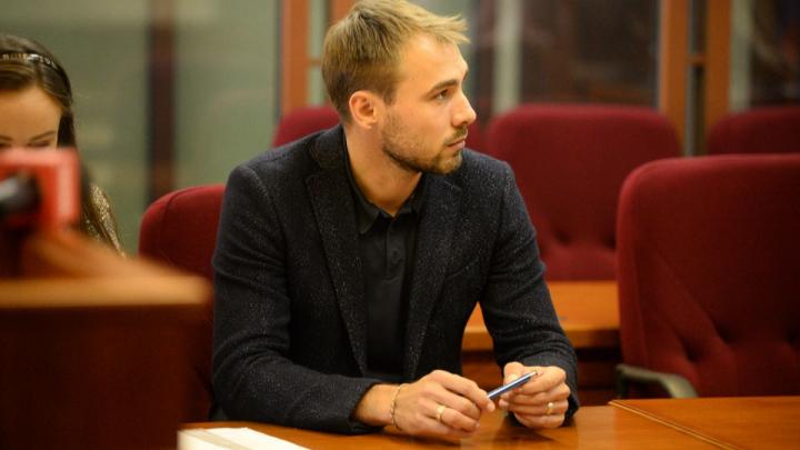 С двукратным преимуществом: Шипулин выиграл гонку за кресло в Госдуме