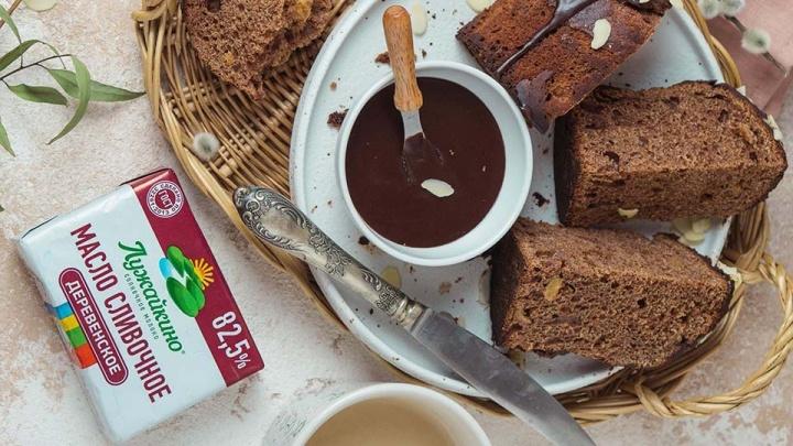 Без химии и усилителей вкуса: как испечь шоколадный кулич с глазурью