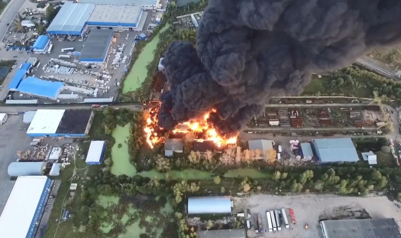 Пожар на Кудьминской промзоне в Богородском районе
