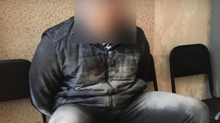 Полиция задержала двоих омичей, которые с кастетами и нунчаками грабили прохожих