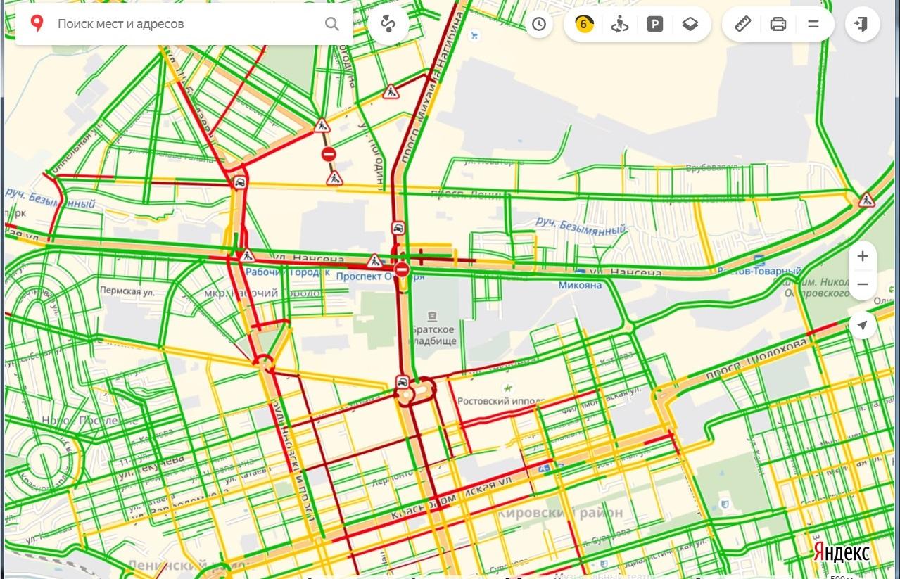 Город погрузился в пробки из-за ремонта дороги