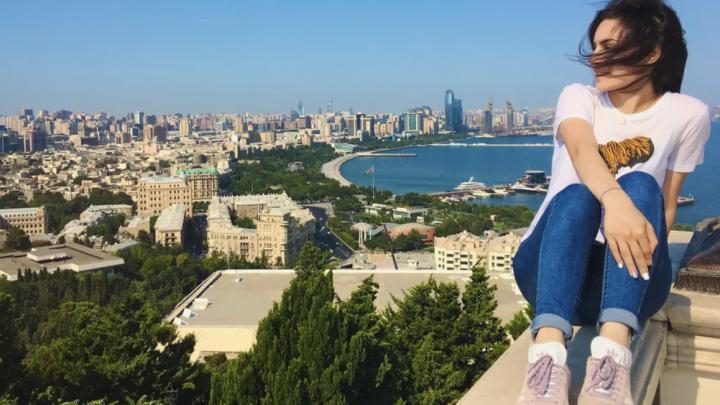 «А меня не украдут? Надо будет в парандже ходить?»: поуехавшие азербайджанцы разбивают стереотипы