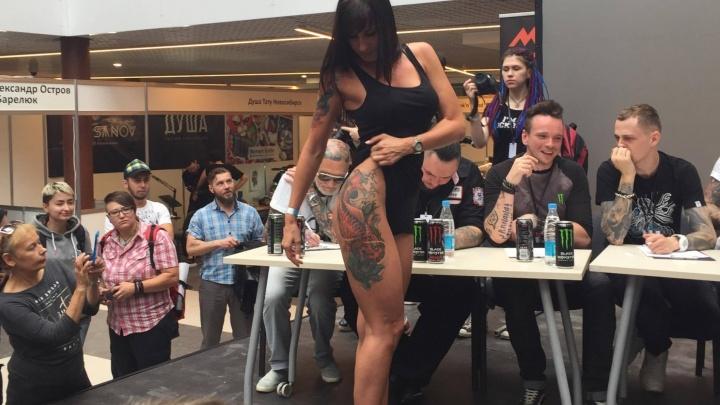 Ходячие картины: горожане сделали крутые тату и стали экспонатами на творческом конкурсе