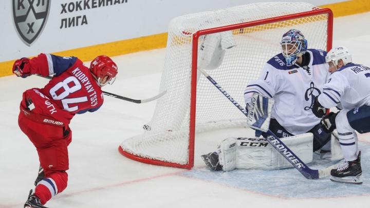 Домашняя серия всё: «Локомотив» так и не смог забить шайбы в ворота «Динамо». Разбор игры