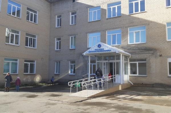 В детской поликлинике челябинской областной больницы №2 нет рентгена