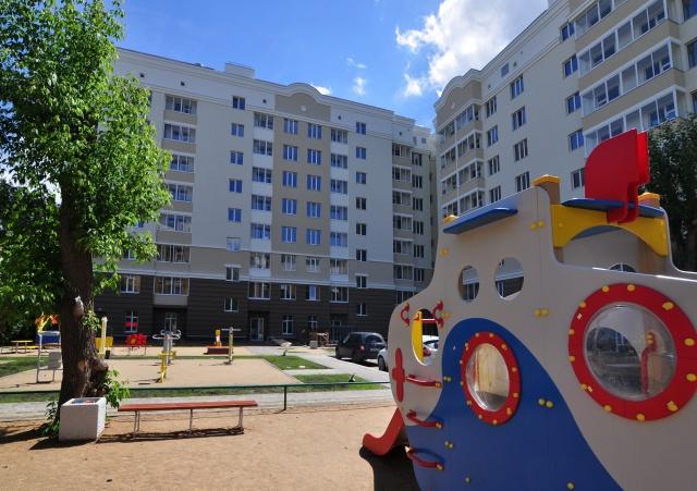 Большой двор ЖК «Пионер» обустроен детскими и спортивными площадками
