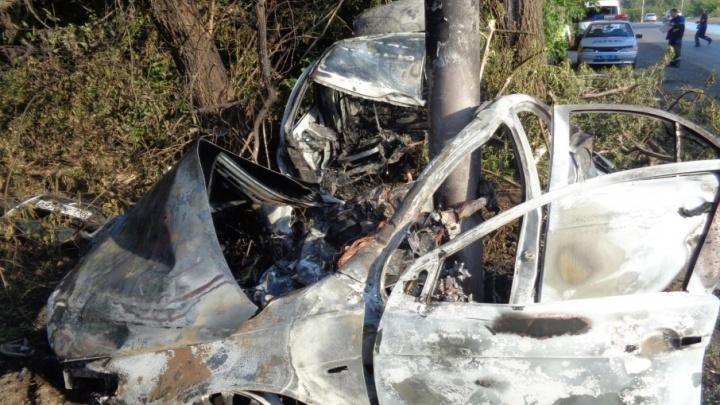 В Уфе водитель иномарки выжил в страшном ДТП