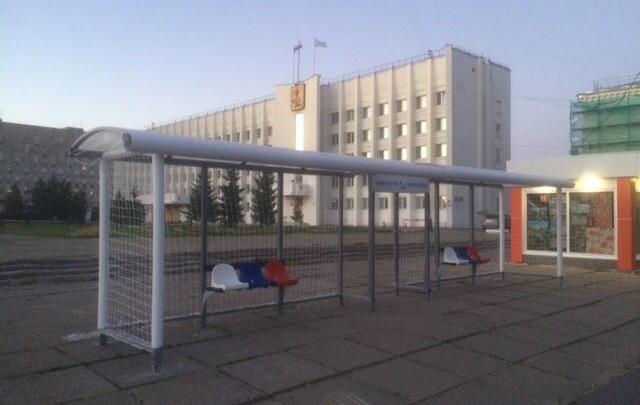 ЧМ-лихорадка продолжается: остановка на площади Ленина превратилась в футбольные ворота