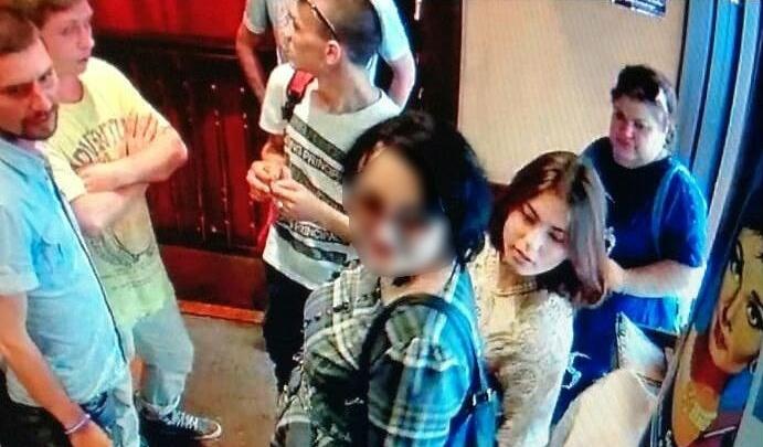 Екатеринбурженка, не платившая в ресторанах, рассказала, что её подставили знакомые парни