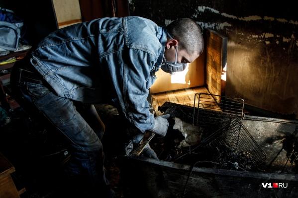 Эксперты нашли следы поджога, и следователи установили поджигателя