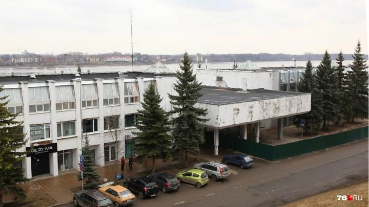 «Городу нужно развитие, а не консервация»: ярославцы выступили за реконструкцию речного вокзала