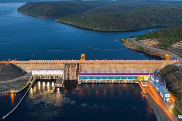 Богучанская ГЭС — одна из крупнейших и современных гидроэлектростанций в России