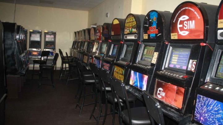 Не в том месте работала: в Челябинске прикрыли интернет-кафе с азартными играми