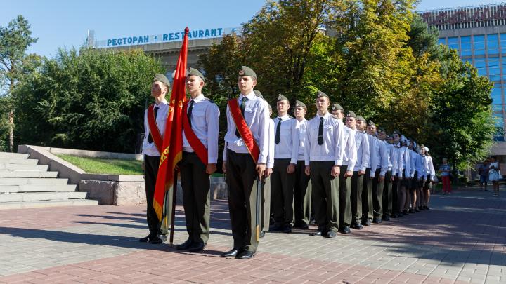«Памяти павших будьте достойны!»: в Волгограде в 46-й раз открылся Пост №1