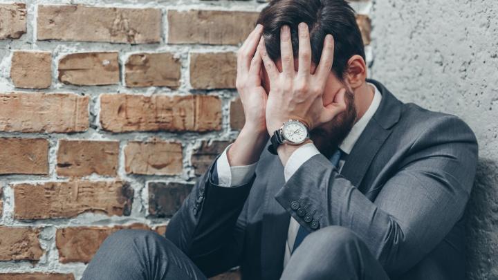 «Я стал ненавидеть телефон»: юристы — о том, как сохранить самообладание в разговоре с коллекторами
