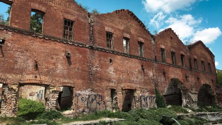 Парамоновские склады могут забрать у владельца через суд