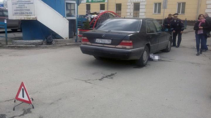 Женщина погибла под колёсами «Мерседеса» на проспекте Димитрова