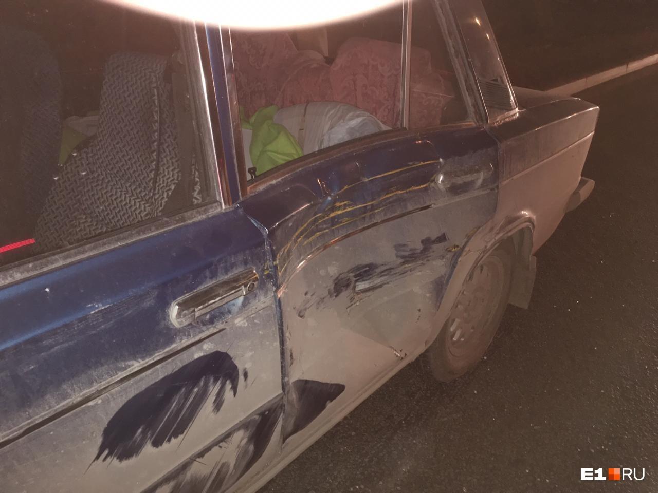 Машина получила механические повреждения