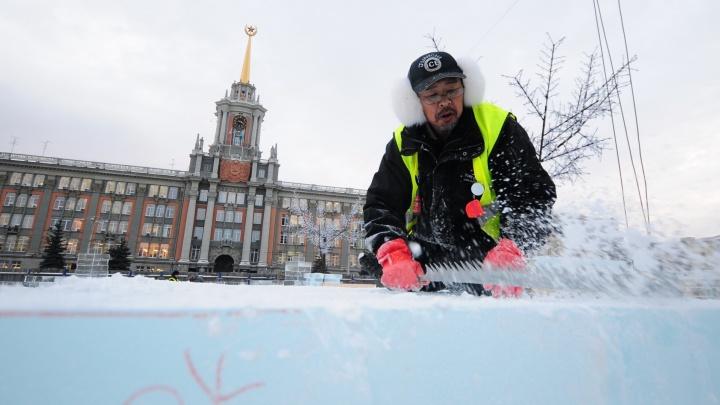 Вечные строители ледового городка сделали скидку в 100 тысяч, чтобы снова получить контракт
