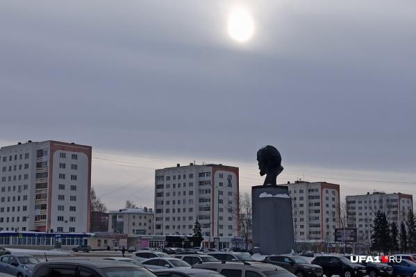Квартира, которую пытался продать Вадим, находится недалеко от центра города, в нескольких кварталах от мэрии