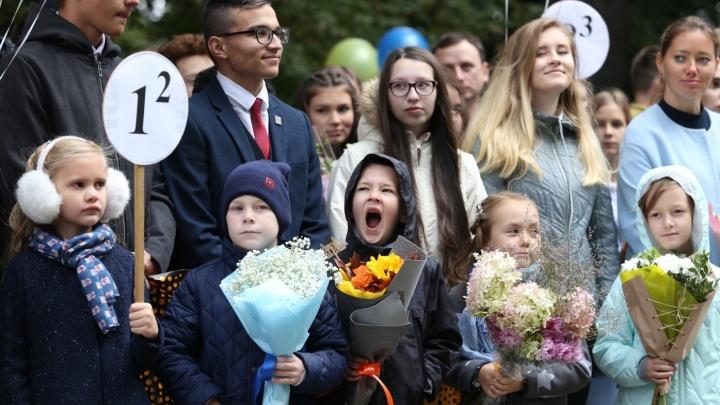 Кексы с кандидатами: в день выборов челябинские школы устроили праздники с обязательной явкой