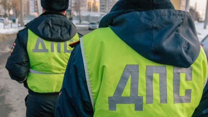 В Самаре полицейские задержали пьяного водителя снегоуборочной машины