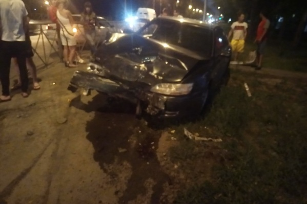 Одна из машин лишалась передней части