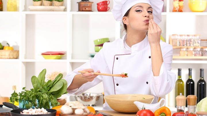 Для поваров и не только: где в Новосибирске одеваются работники кухни