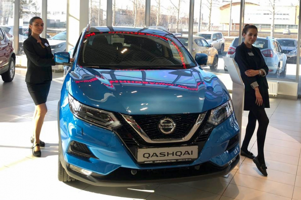 Nissan Qashqai с новым оформлением радиаторной решетки