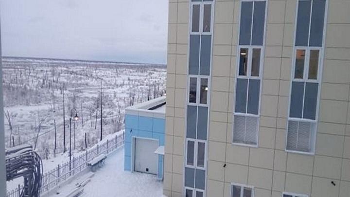 Подрядчик перинатального центра в Норильске требует 100 миллионов за срыв работ с компании-помощника