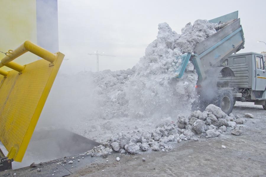 Пока в Новосибирске только 2 снегоплавильные станции