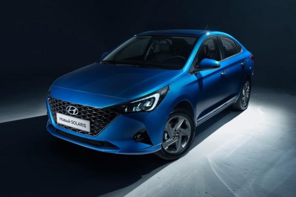 Hyundai Solaris получил новые фары и решетку радиатора с ячеистой структурой