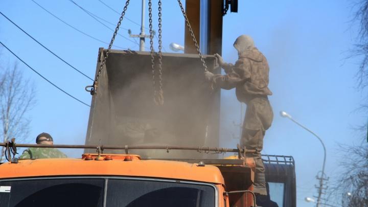 ГАЗ и КАМАЗ: в Архангельске руководитель стройфирмы стал миллионером, продав авто предприятия
