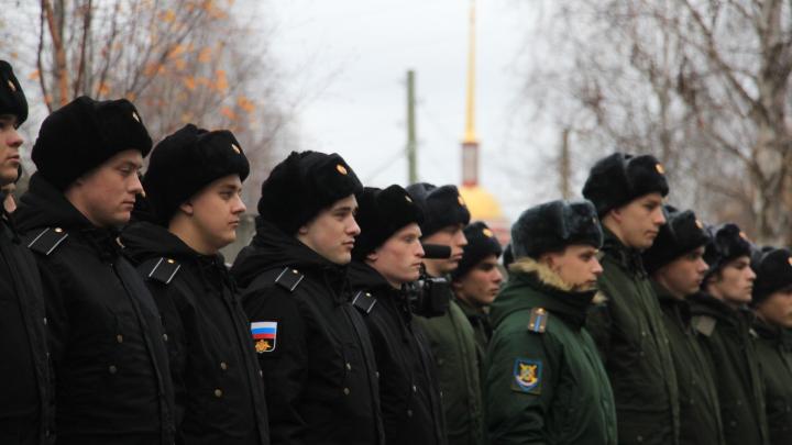 «Выносить сор из избы?»: адвокат из Архангельска объясняет, что делать, если в армии — дедовщина