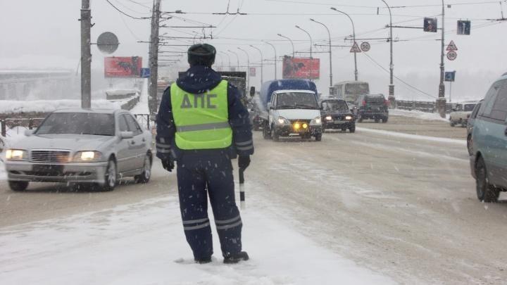 По дороге в Новосибирск из-за мороза сломался автобус из Алтая
