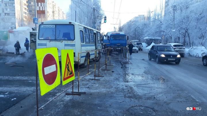В дома, которые оказались в зоне коммунальной аварии на Стара-Загоре, начали подавать тепло