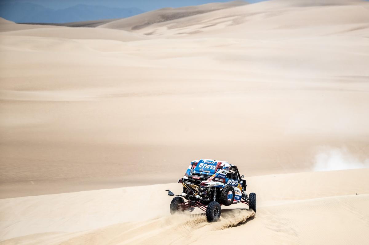 По таким пескам экипаж проехал 340 километров