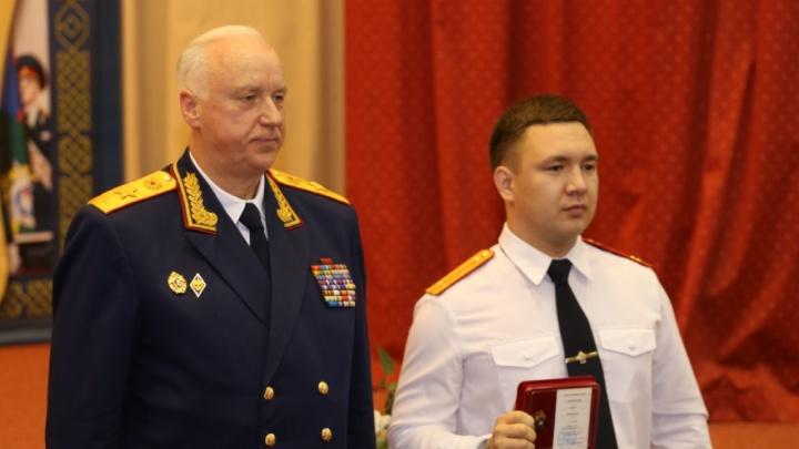 Он гениальный сыщик: уфимца наградил главный следователь России